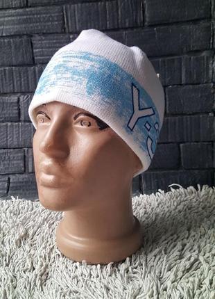 Женская шапка adidas