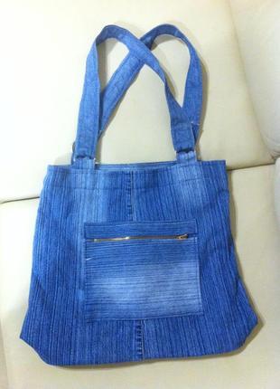 Невероятно красивая, роскошная, универсальная и удобная джинсовая сумка с подкладкой