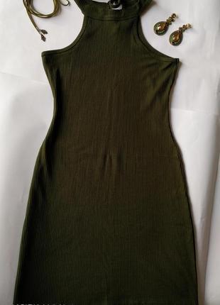 Мини платье красивого зеленого цвета