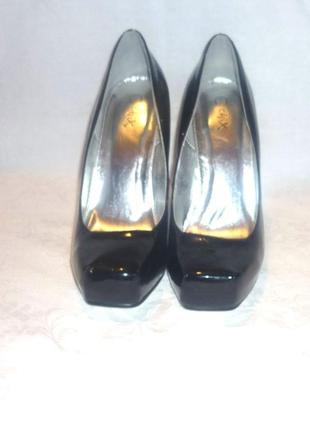 Туфли черные лакированные новые chix вечерние
