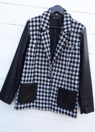 Крутое стильное пальто/тренч/кардиган,в трендовый принт с вставкам кожы!