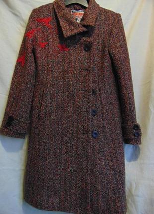Пальто с шерстью на синтепоне desigual.