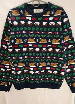 Плотный качественный фирменный свитер