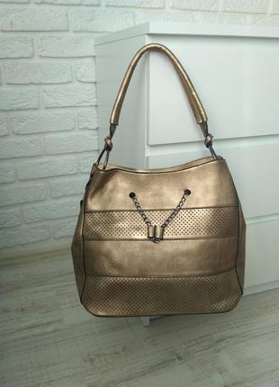 Большая вместительная сумка цвета бронза, хорошее качество