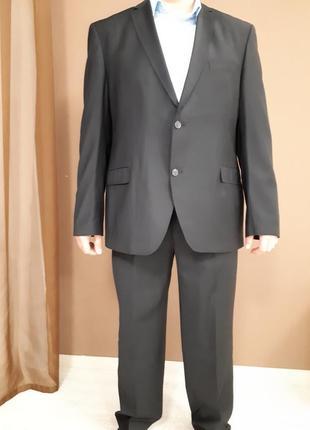 Шикарный черный  классический костюм giovane gentile