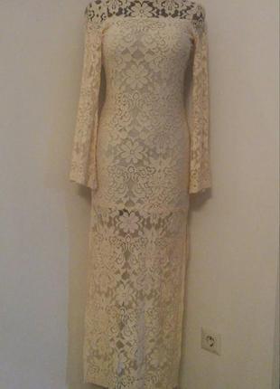 Красивейшее гипюровое платье макси голая спина длинный рукав