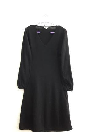 Стильное шерстяное платьеце,подойдет на 42,44 р.