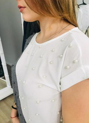 Яркая ассиметричная блуза с бусинами по супер цене 575