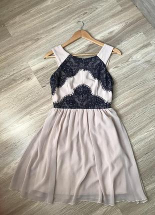 Платье пудра розовое на новый год вечернее нарядное бежевое короткое ажурное в паетках