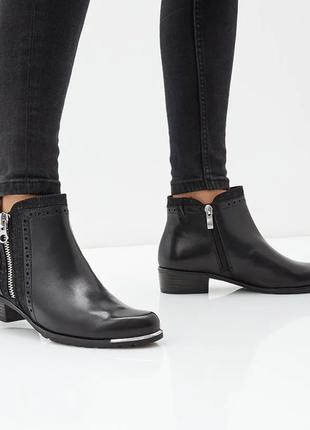 Кожаные ботинки caprice on air sole