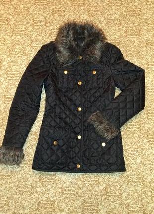 Стеганая курточка куртка с мехом