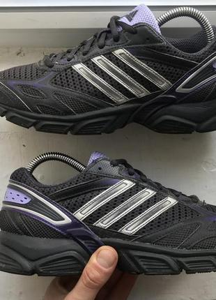 Adidas черные спортивные кроссовки 38р оригинал идеальное состояние