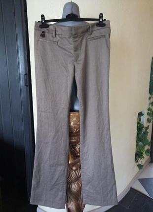 Шерстяные брюки,небольшой клеш от колена,44-46 р
