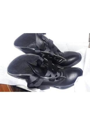 Ботинки на шнуровке2