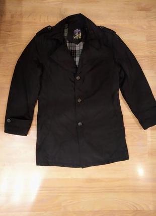 Куртка, пальто классическая.