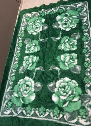 Мягусенькое одеяло покрывало 150-220