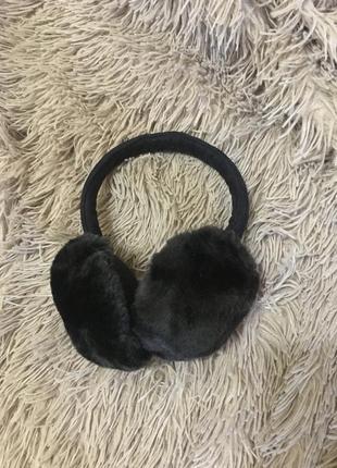 Чёрные тёплые и удобные уши