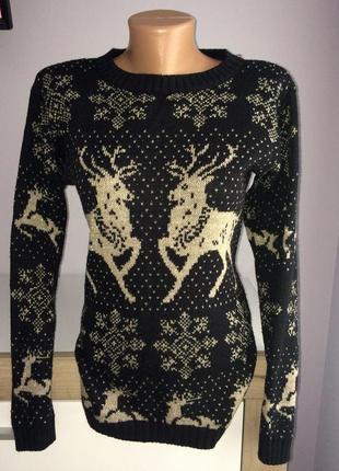 Тёплый новогодний свитер, кофта с оленями