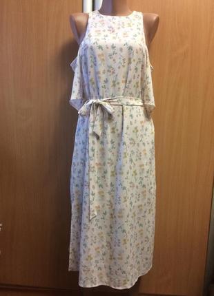 Нежное цветочное платье с открытыми плечами от new look