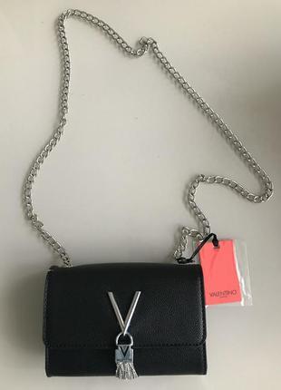 Шикарная сумочка от валентино !!!