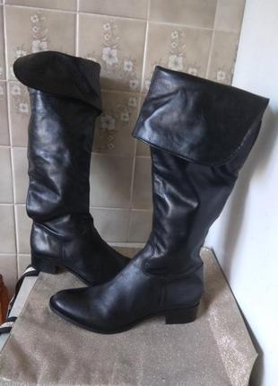 Шикарные кожаные ботфорты 27см португалия