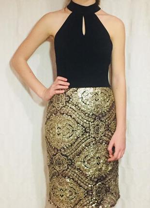Шикарное новогоднее платье с золотыми пайетками