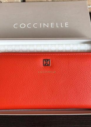 Новый кошелёк coccinelle. оригинал.