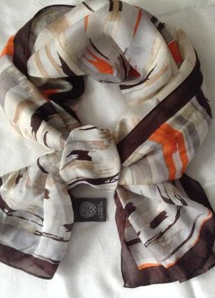 Шёлковый шарф vince camuto. оригинал. коралл, коричневый. шёлк 100%