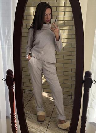 Костюм ангоровые свитер брюки штаны. размеры s,l.