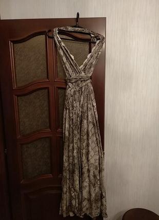 Шикарное рлатье с открытой спиной