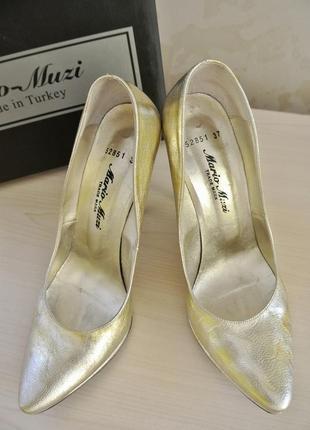 Кожаные золотые туфли-лодочки mario muzi ef0c52508dd2f