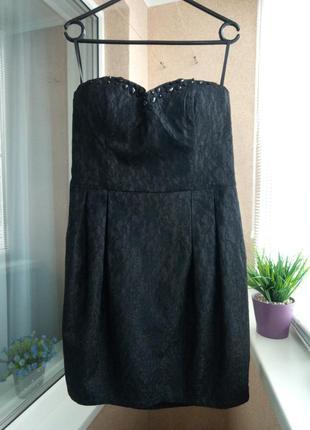 Красивое нарядное вечернее праздничное черное платье мини с камнями