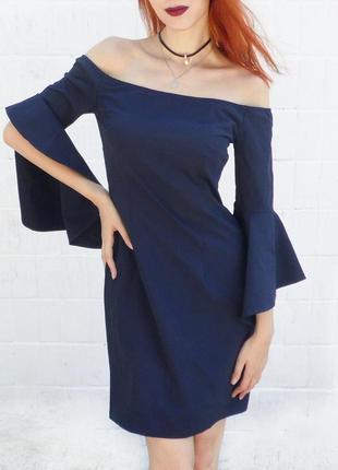 Классное платье темно-синего цвета!