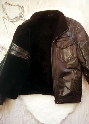 Черная зимняя натуральная мужская дубленка кожанка на меху с карманами теплая куртка