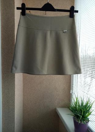 Стильная юбка мини трапецией