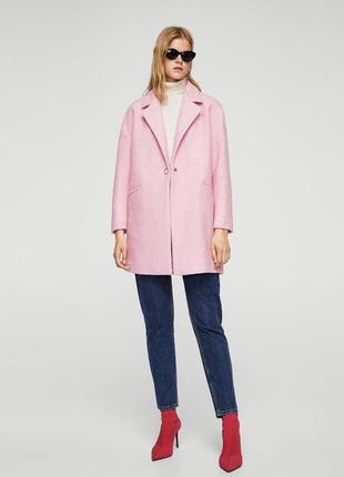 Розовое пальто mango