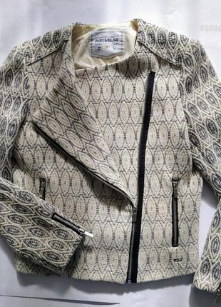 Куртка косуха котоновая pull and bear