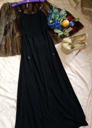 Вечернее платье в пол с блестящей ткани от motel
