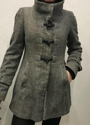 Стильное шерстяное пальто!