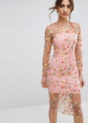 Prettylittlething романтична вишита сукня