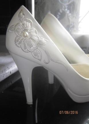 Свадебные туфли- таккарді