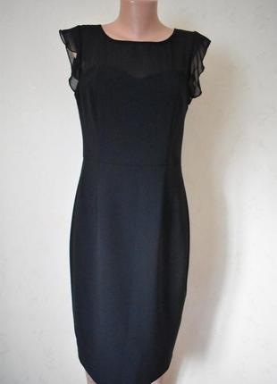 Элегантное красивое платье с утяжкой george