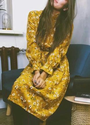Вельветовое платье в ретро стиле