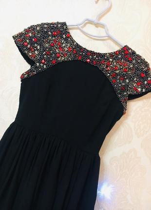 Нарядное вечернее платье с открытой спинкой, пайетки и вышивка из бисера 💗