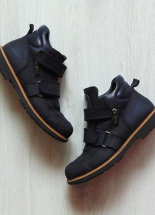 Демисезонные ортопедические ботинки для мальчика. woopy. размер 33. стелька 21.5 см.