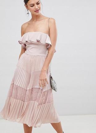 True decadence романтична пудрова сукня-плісе