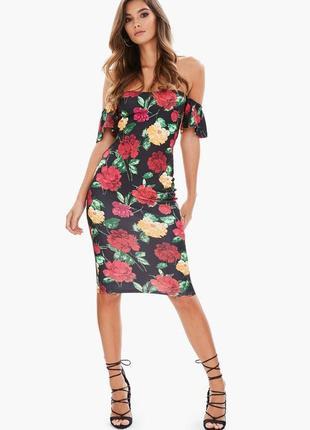 Стильное платье на плечи в цветы