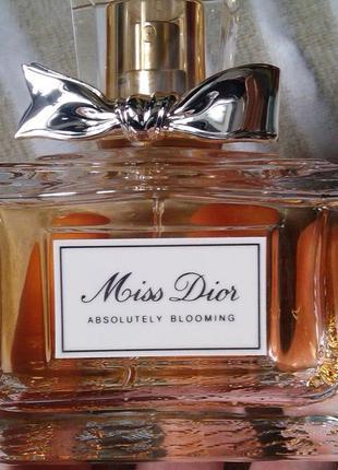 Парфюмированная вода miss dior absolutely blooming. оригинал