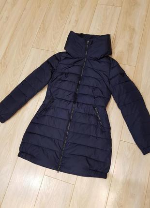 Куртка guess . новая