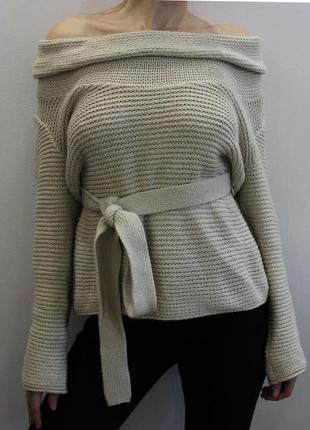 Объемный свитер с открытыми плечами от river island